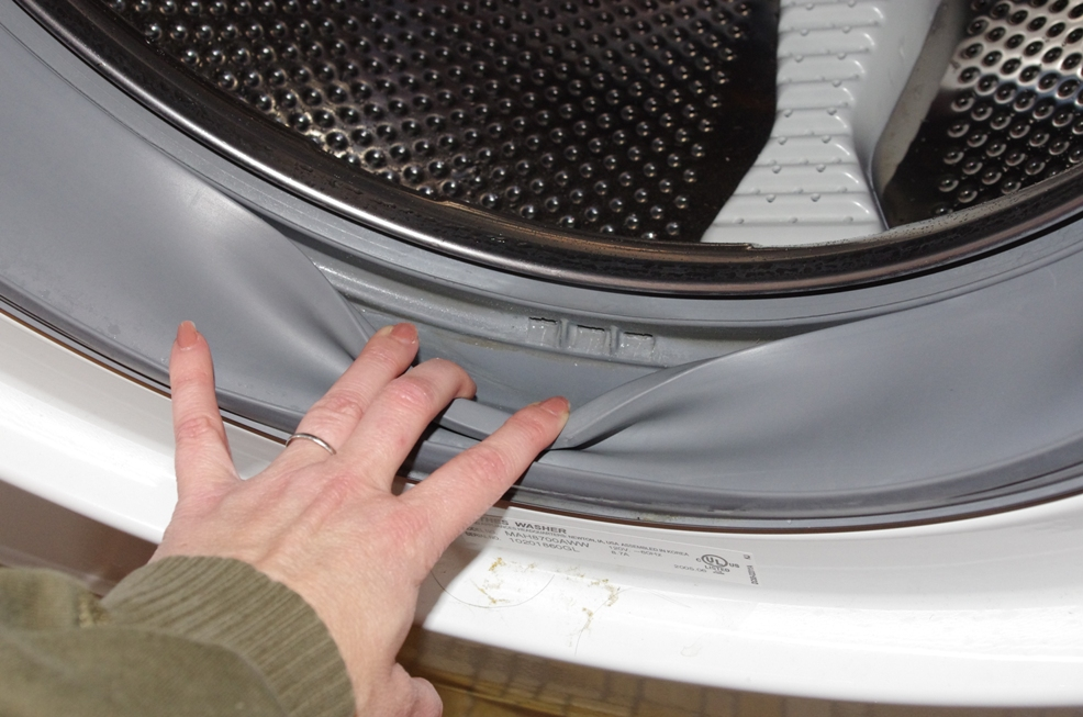 how to clean a smelly washing machine with baking soda and lemon juice cleaning. Black Bedroom Furniture Sets. Home Design Ideas